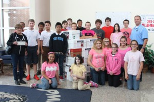 PMMS Students giving to Hunger Inc.