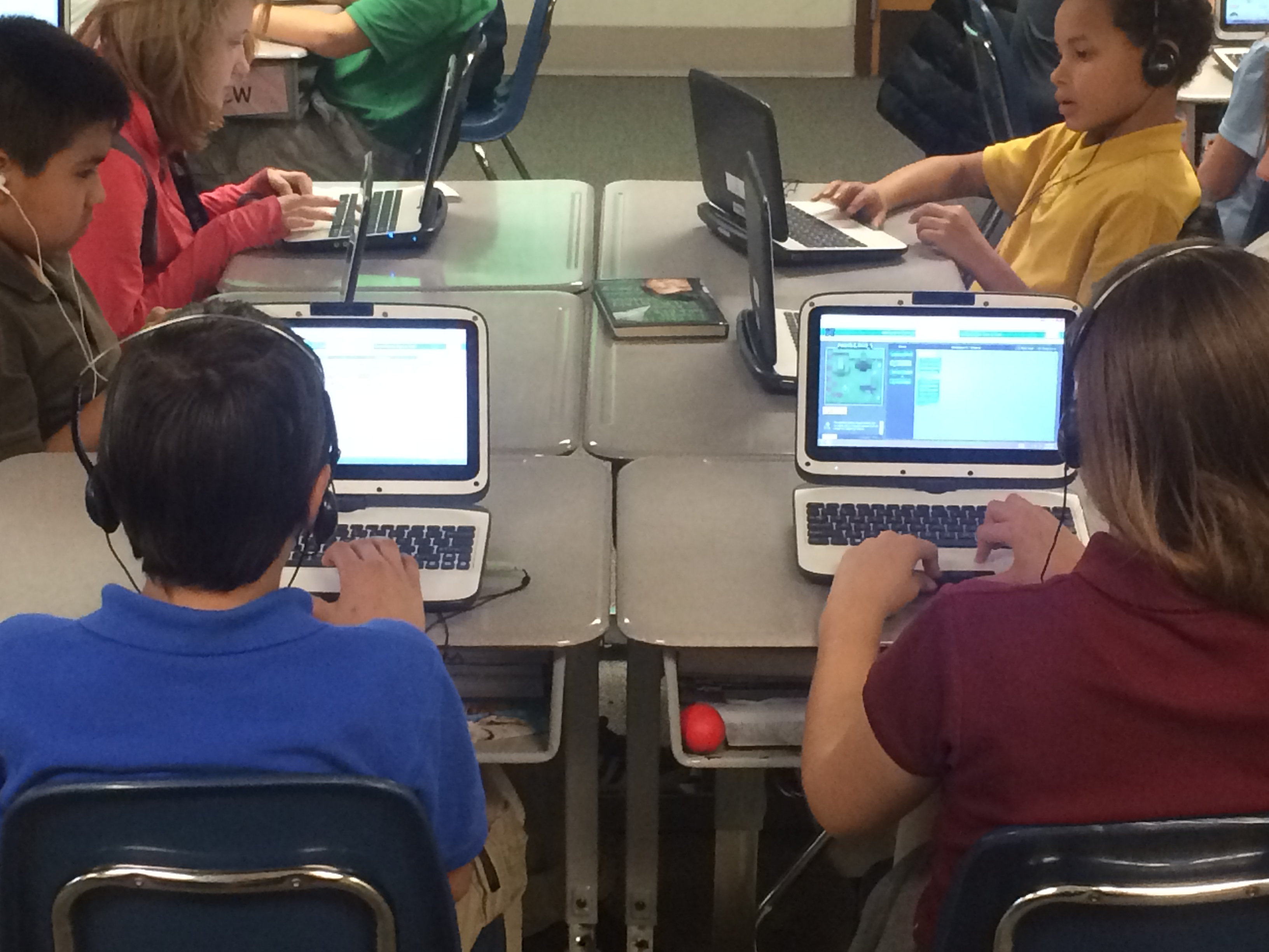 Homecroft 5th Graders Participate in Hour of Code | Perry Township