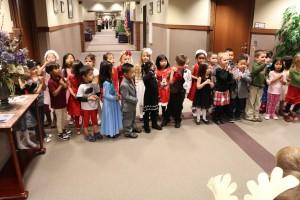 pre school Christmas carrolers 001