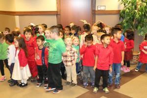 pre school Christmas carrolers 006