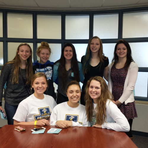 PMHS Swimmers Advance to Sectional Finals