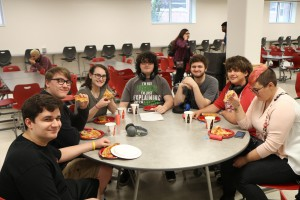 shs Q-3 Honor Roll Pizza Party 2016 002