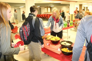 shs Q-3 Honor Roll Pizza Party 2016 006