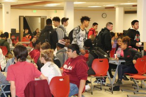 shs Q-3 Honor Roll Pizza Party 2016 010